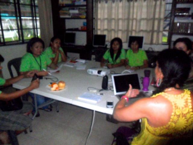Cooperación en Kalipay. Essential Institute realizó formación al equipo que trabaja con niños maltratados-abandonados.