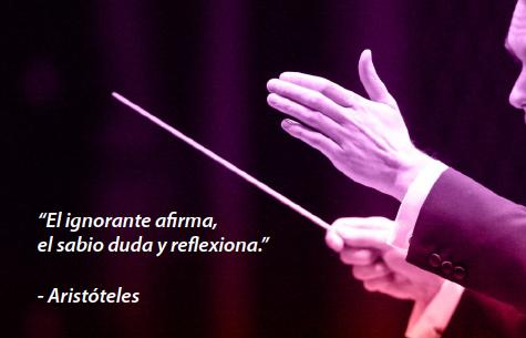 ignorante afirma con imagen director orquesta